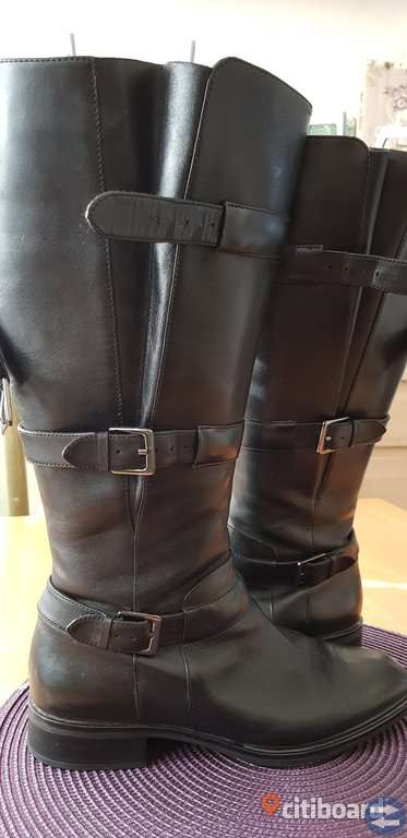 ECCO- Dam skovlar ,äkta svart leather