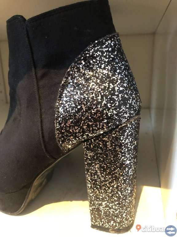 Klackskor ( boots)