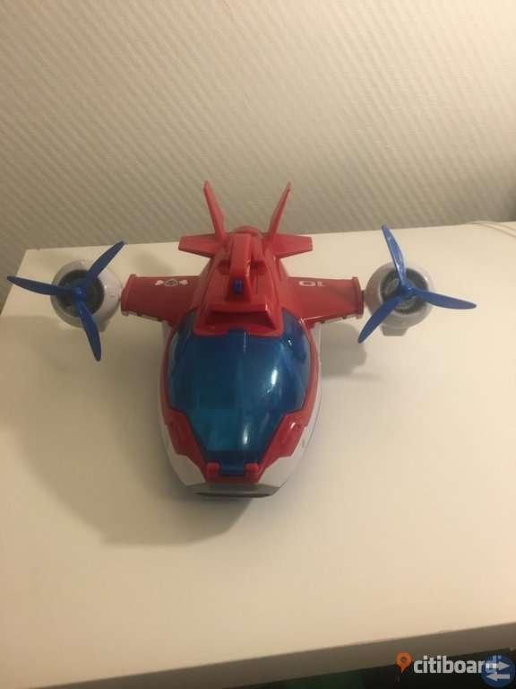 Paw Patrol leksak flygplan med ljud och ljus!