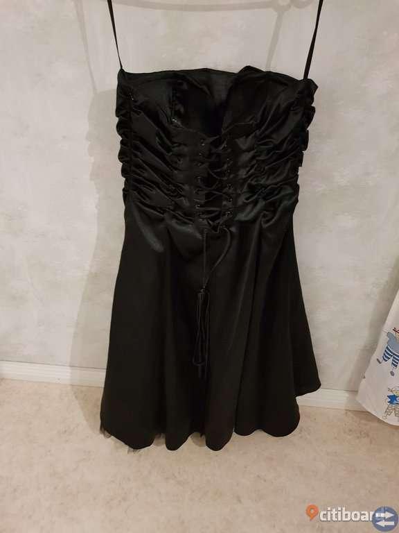 Bal klänningar