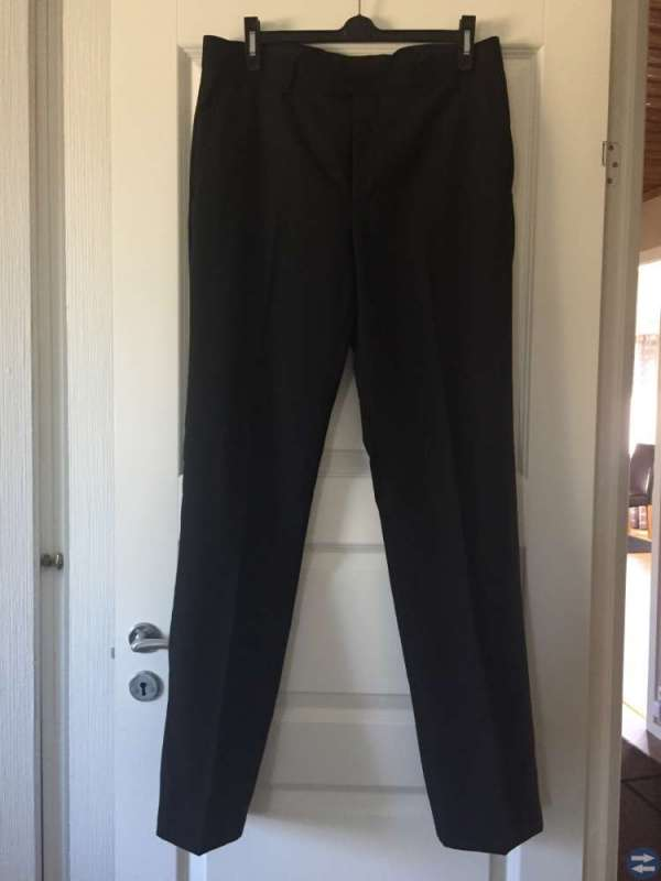Svart kostym stl. 50 long