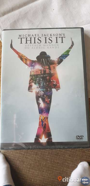 Michael Jackson's THIS IS IT DVD  Helt oöppnad