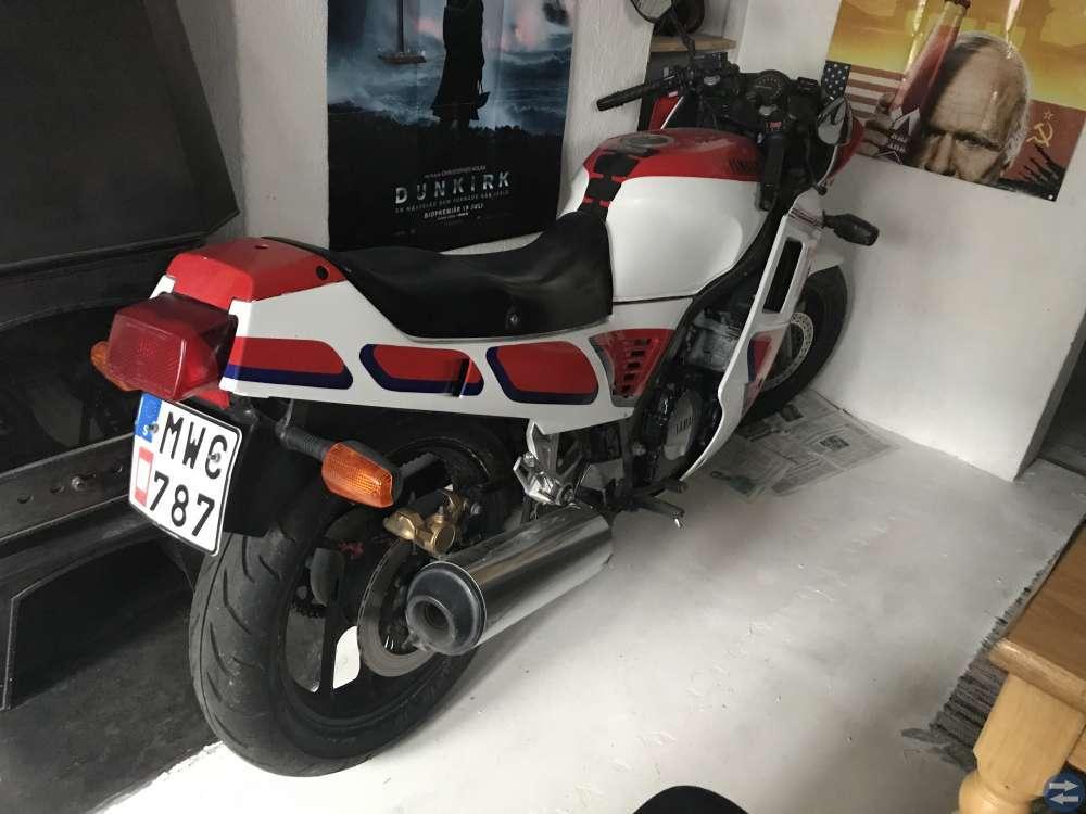 Yamaha FZ 750 1987
