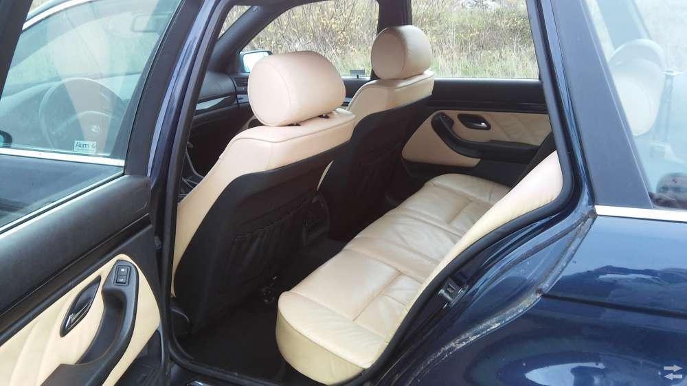 BMW 523i combi mkt.utrust. årsm.2000