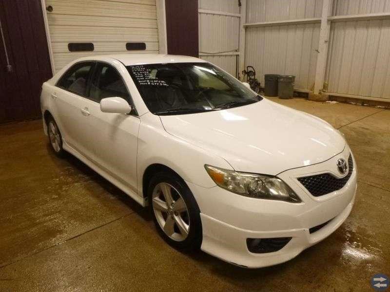 2011 TOYOTA CAMRY SE 6 0 SUPER WHITE CAR