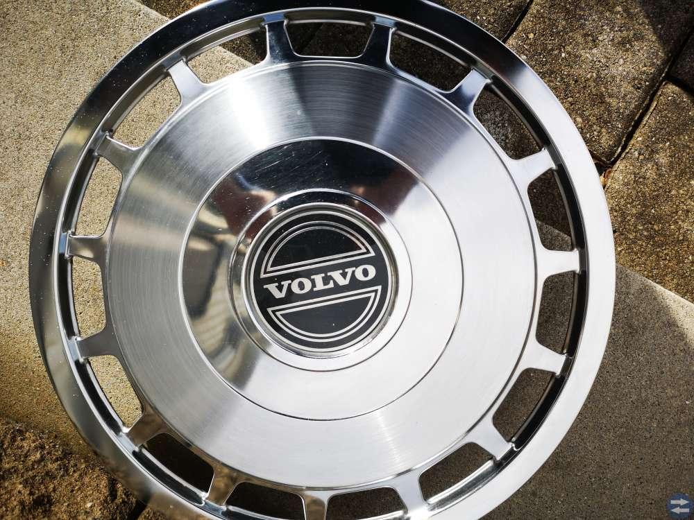 Volvo hjulsidor original 740