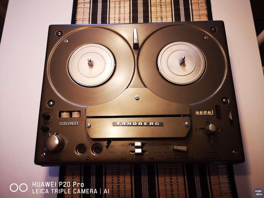 Tandberg stereo rullbandspelare modell 12 .