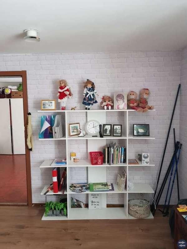 tvskåp bokhylla