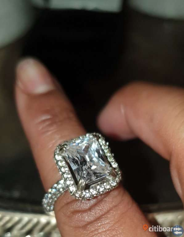 4.50Ct white Emerald Diamond Engagement Ring 10K