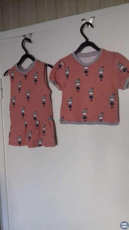 Barnkläder hemsydda
