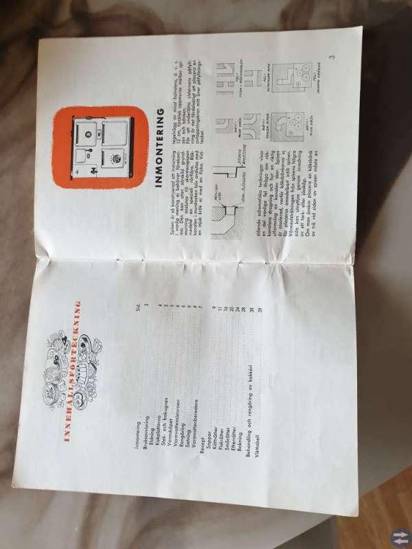 Vedspis med tillhörande instruktionsbok/kokbok