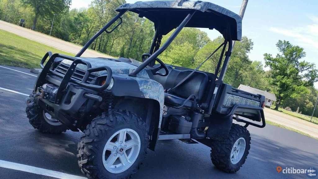 2012 John Deere Gator 825i