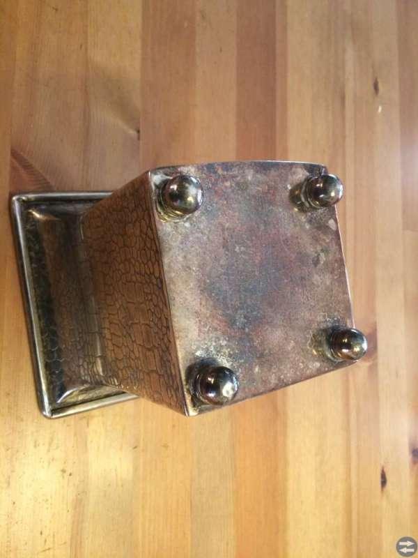 Metallvas på små fötter 150x150 mm 175 mm hög förs