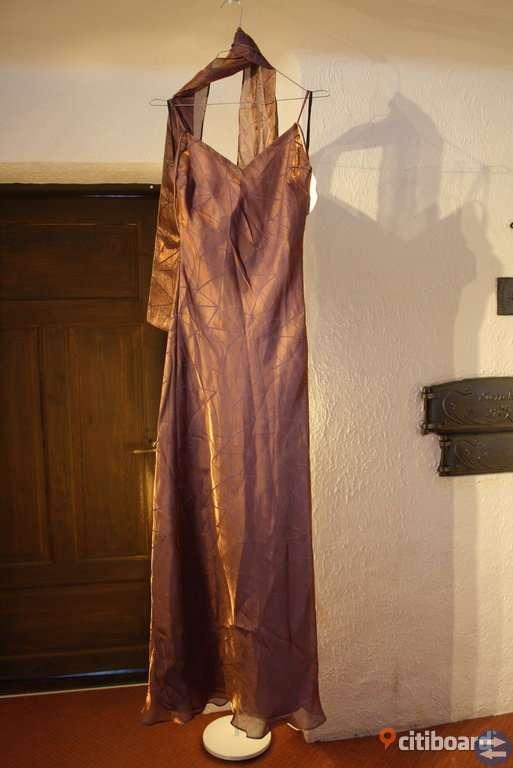 Nya Balklänningar storlek Small