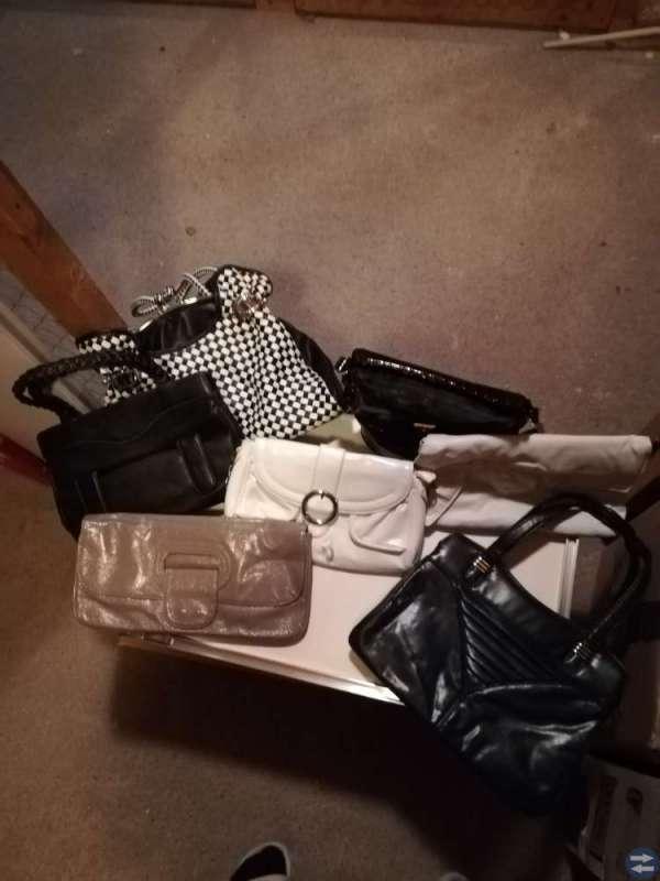 Damskor och handväskor