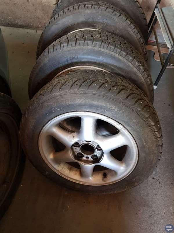 Fälgar med däck