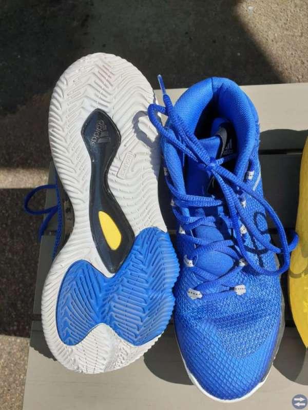 Fotbollsskor, Basketballskor, inomhus, sko