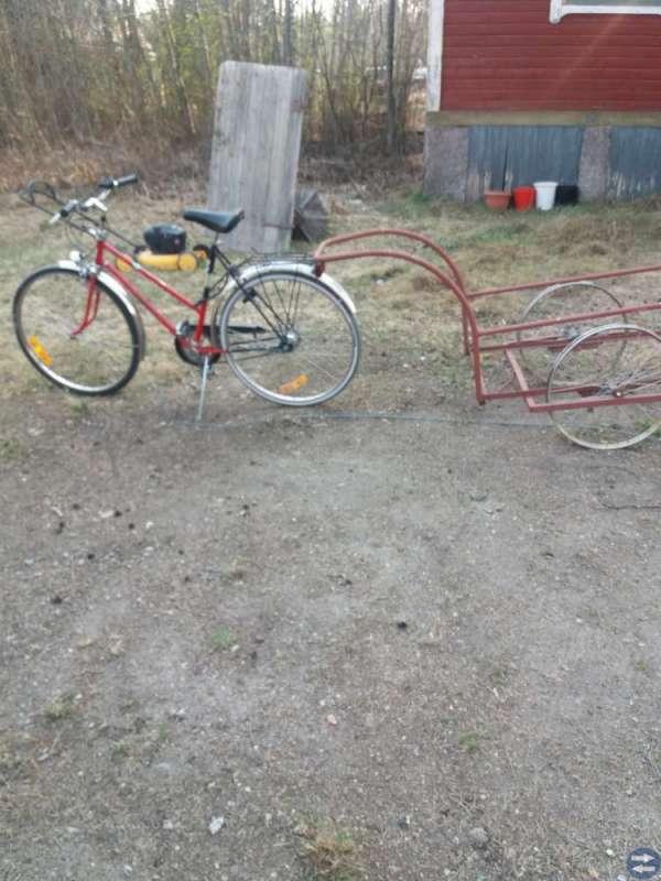Gammal cykelkärra