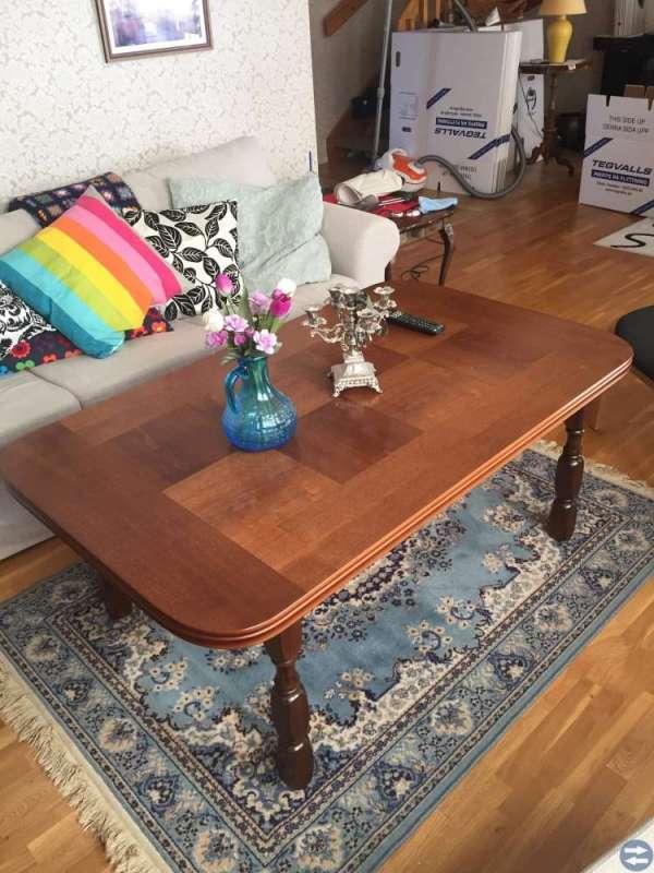 Hörnskåp - soffbord