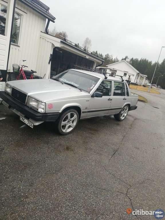 Volvo 744 GLE