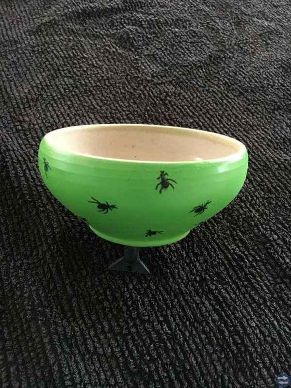 Skål med myror