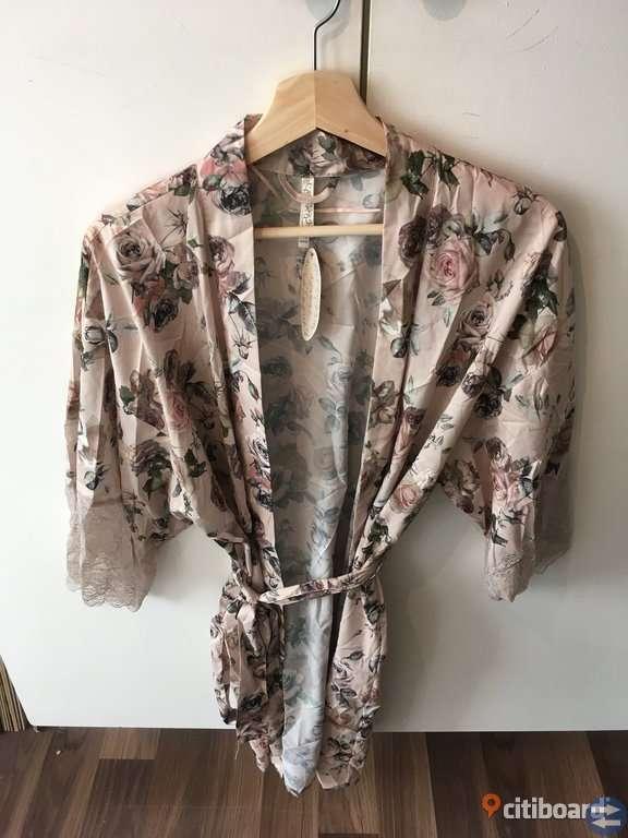 Helt Ny Kimono från Kapphal