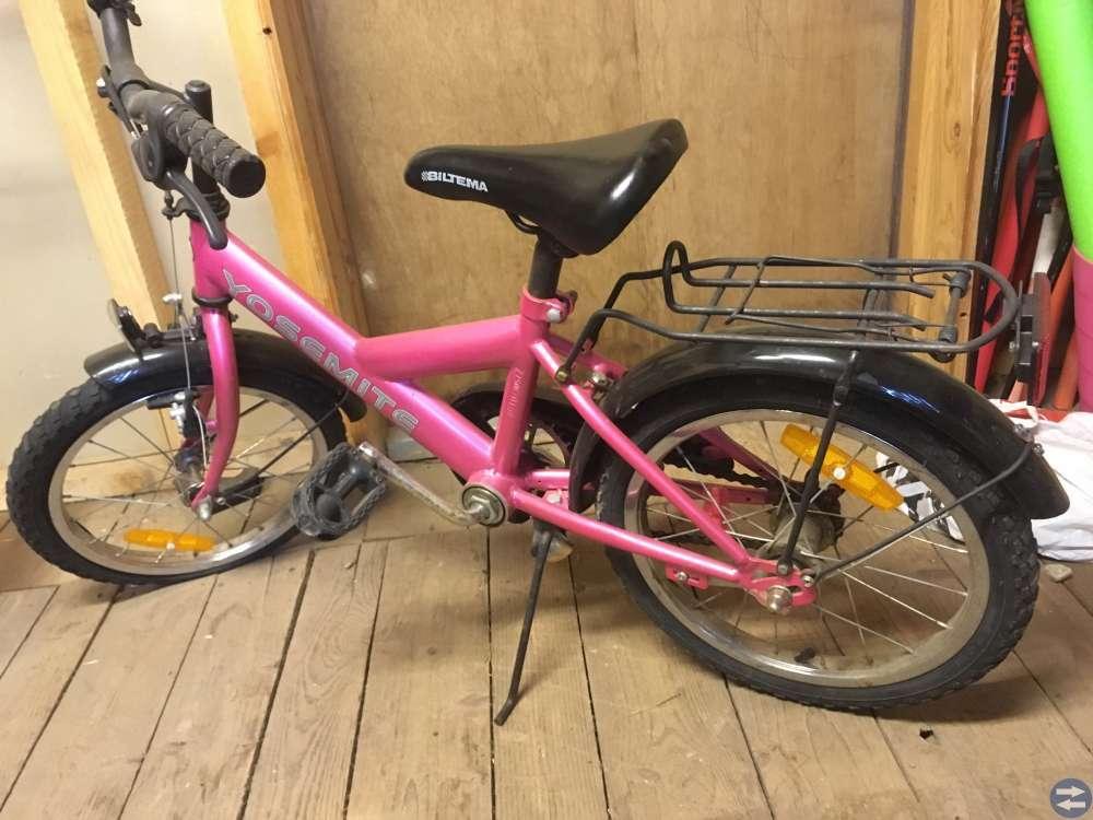 Populära Cykel 16 tum - Tidaholmtorget.se - Annonsera gratis på Tidaholms BX-44