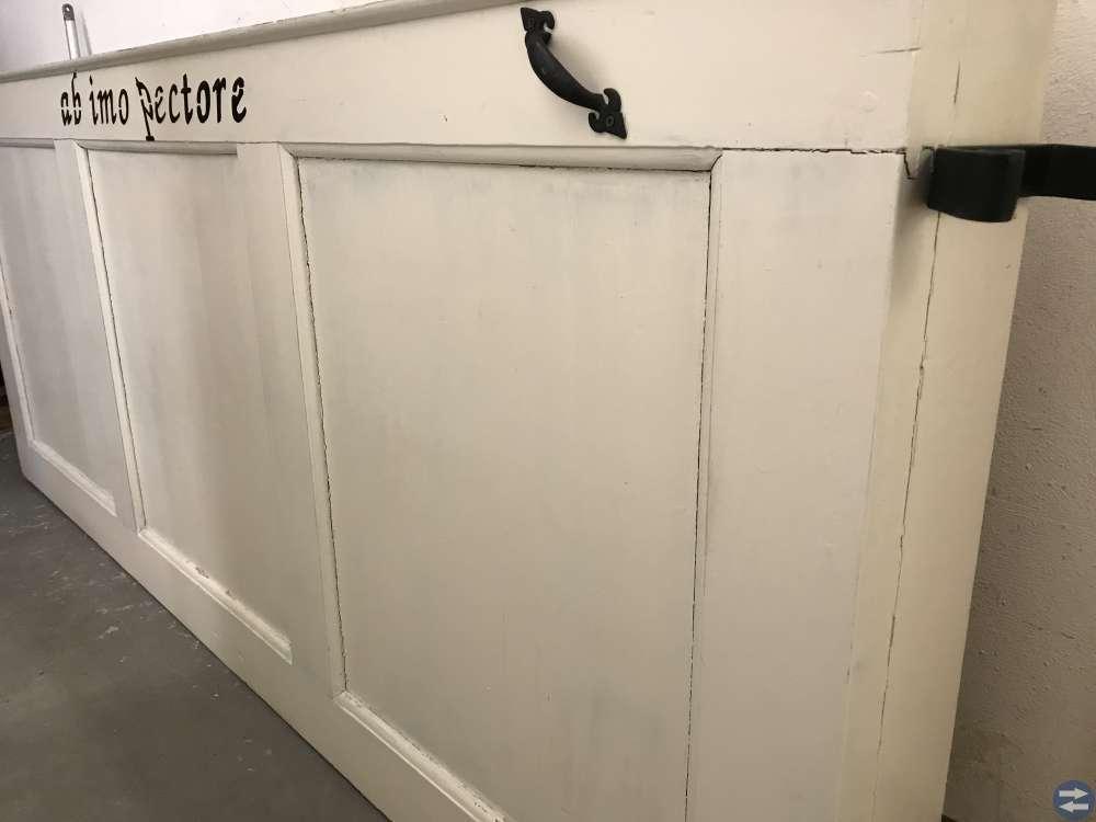 Dörr omgjord till sänggavel (shabby chic)