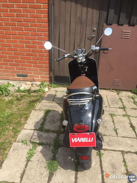 Retro viarelli moped