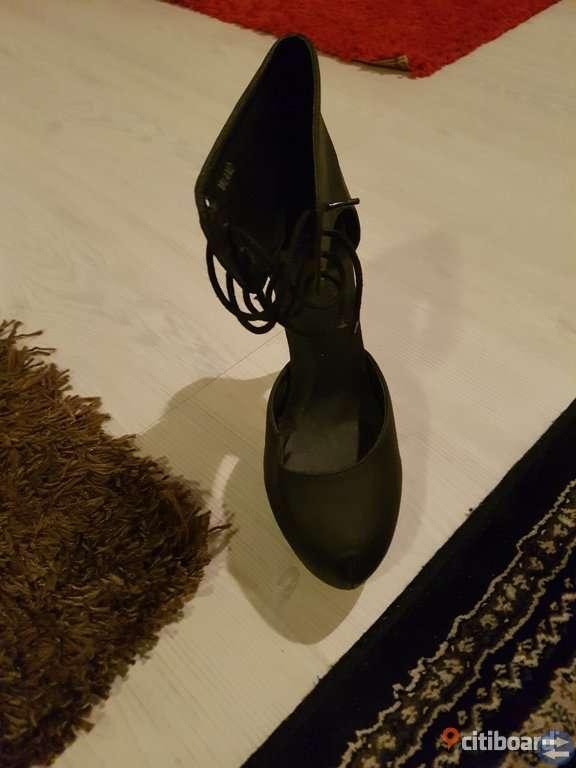 Fest skor