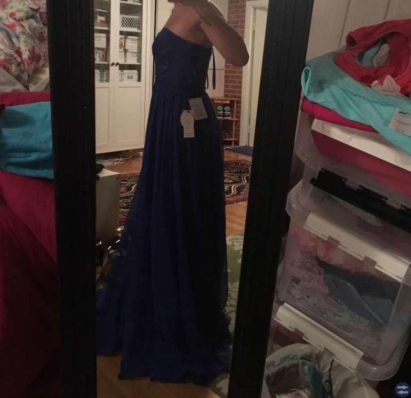 Balklänning i blått