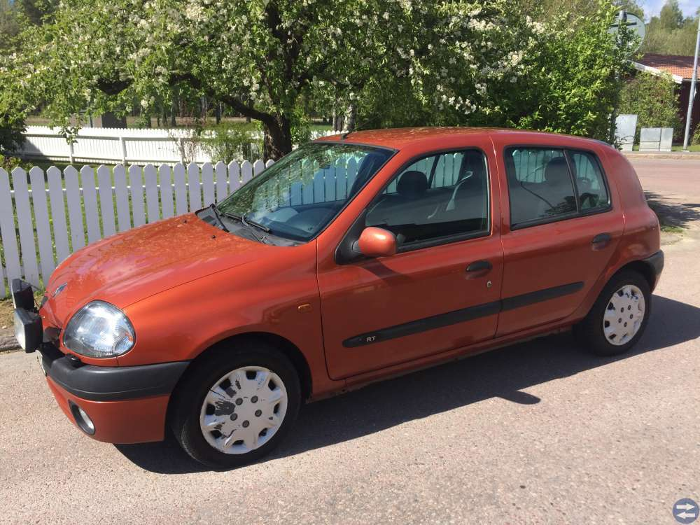Renault clio 1,4 ny bes till 2020.07.31