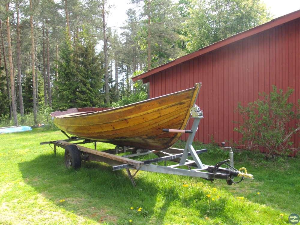 Ek båt säljes 4500 kr