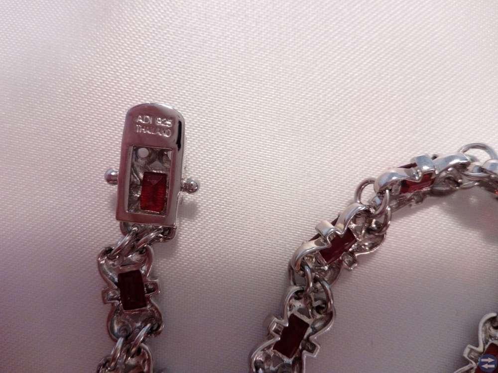 Granat och silverarmband