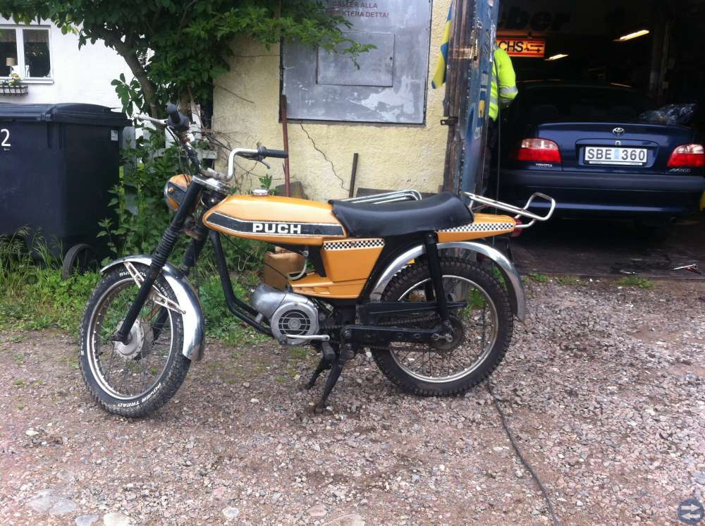 Äldre Puch moped veteranmoped