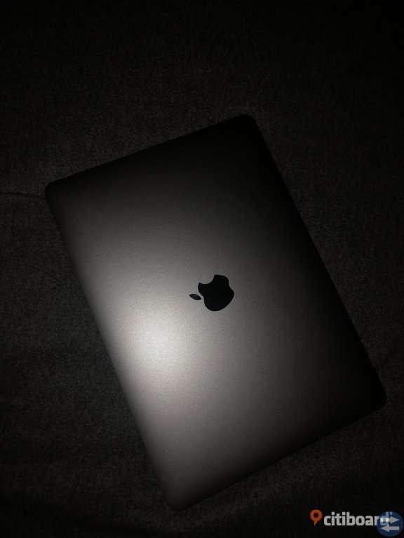 MacBook Pro 13 tum touchbar 2018