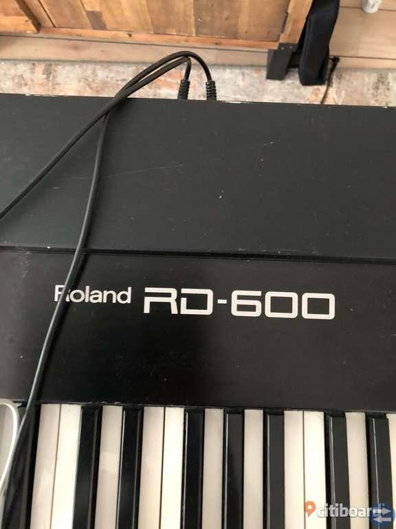 Keyboard Roland  Rd 600