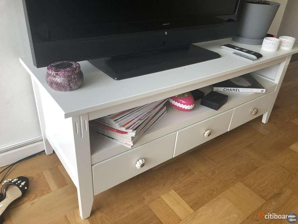 Tv-bänk från Ikea