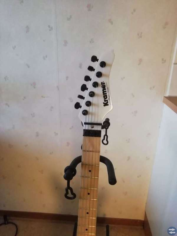 Kramer Guitars Pacer Classic PW