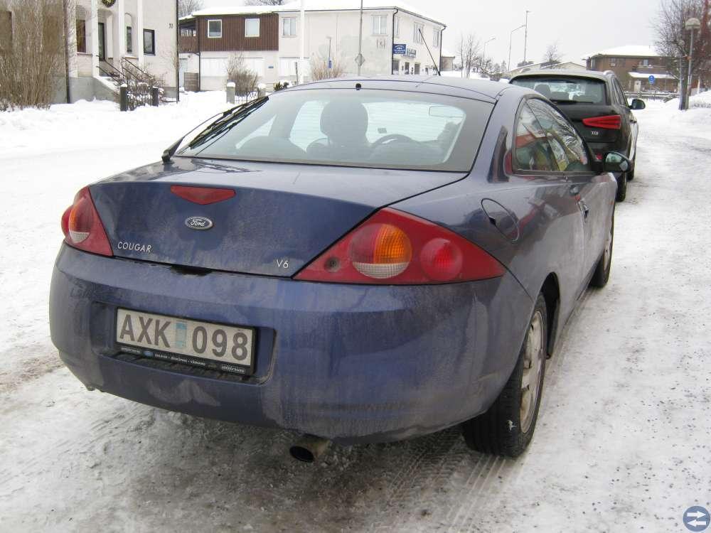 Ford Cougar 1999 v6