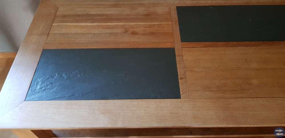Soffbord, massiv ek med stenskivor i