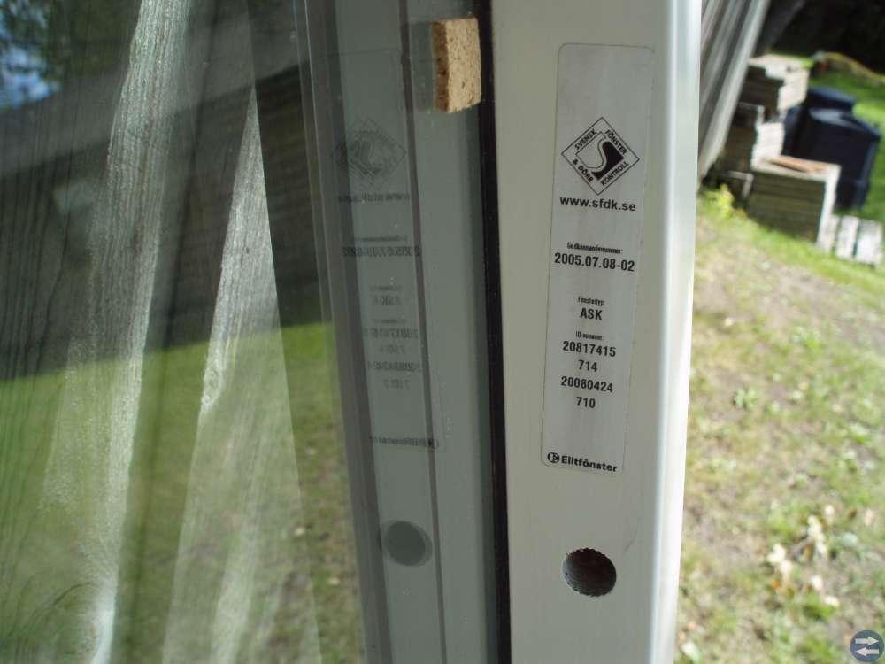 OBS ! REA ! 500 kr! Elitfönster Fast 80x90 3-glas