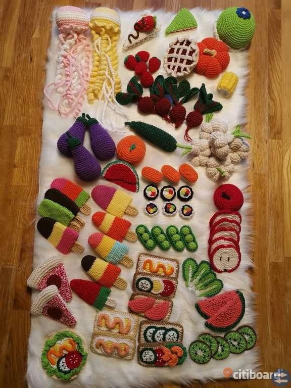 Virkade mat leksaker