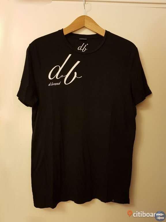 D.brand T-shirt