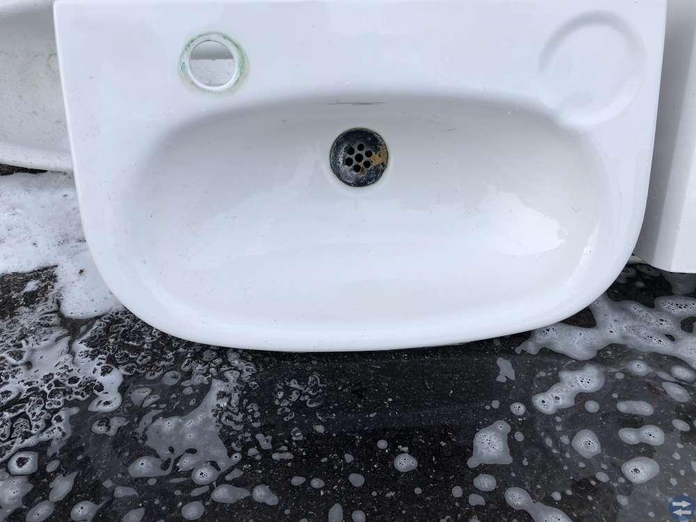 Toalett. Handfat