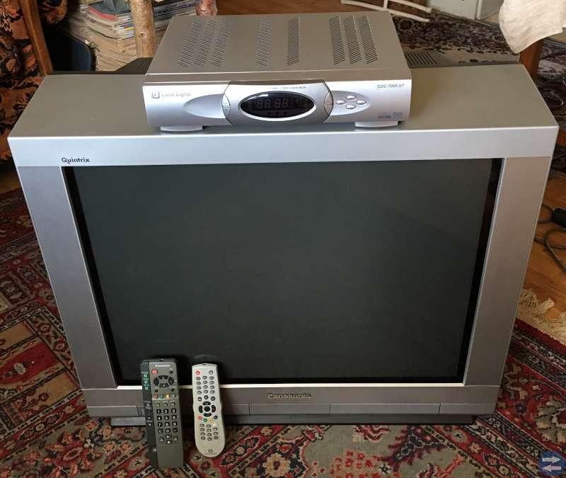 Tv, Digital-mottagare & Tv-bänk