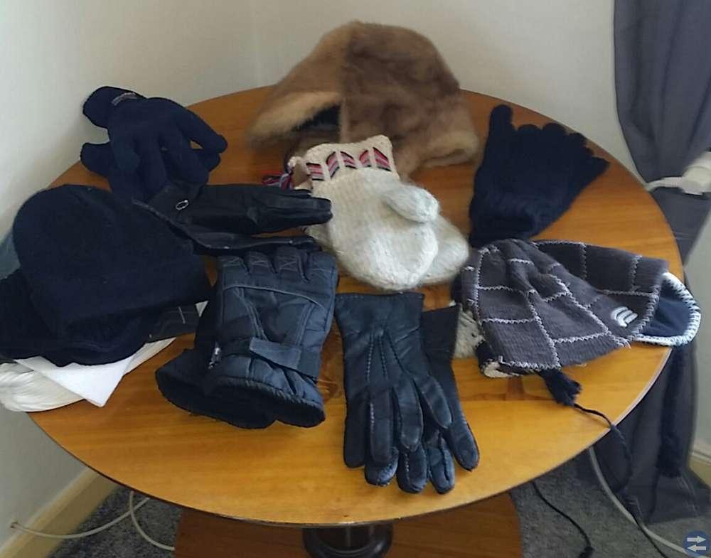 Mössor vantar handskar
