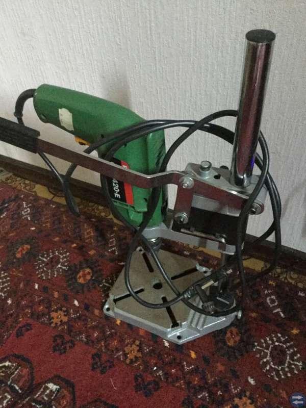 Borrmaskin med stativ