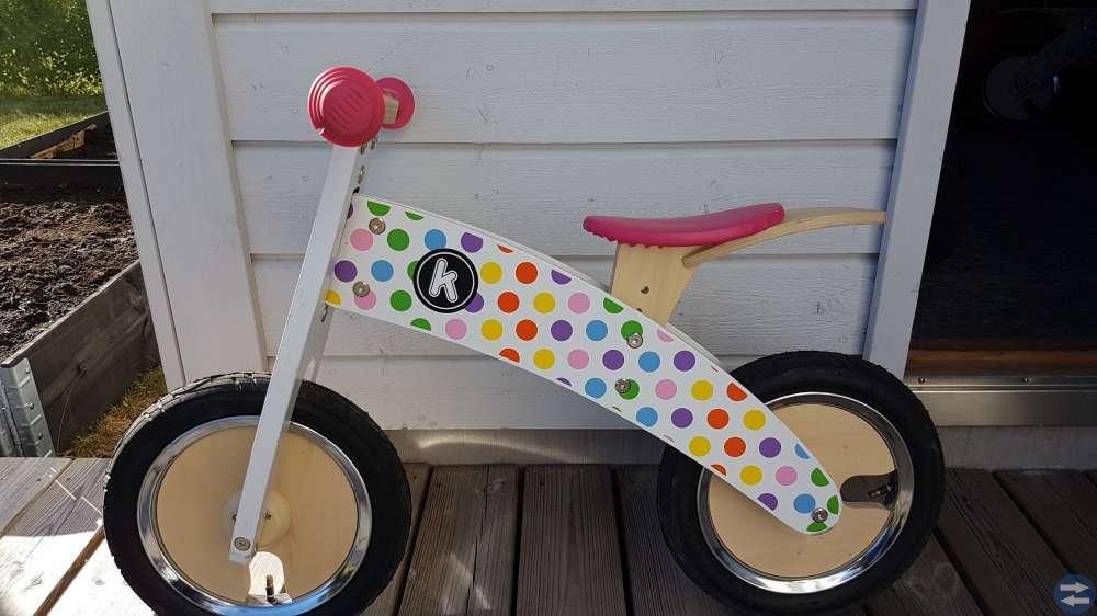 Balanscykel Träcykel Kiddimoto Pastel Prickig