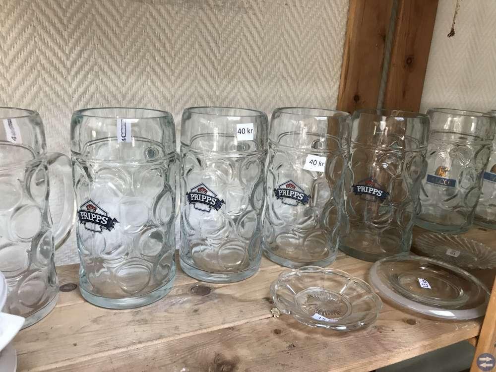 Ölsejdlar. Nya glas, tallrikar mm